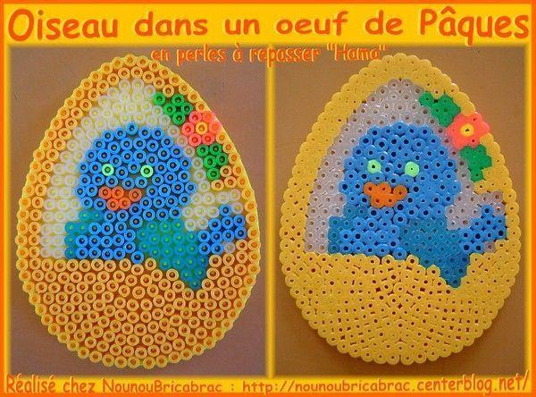Oiseau dans un oeuf de Pâques en perles à repasser