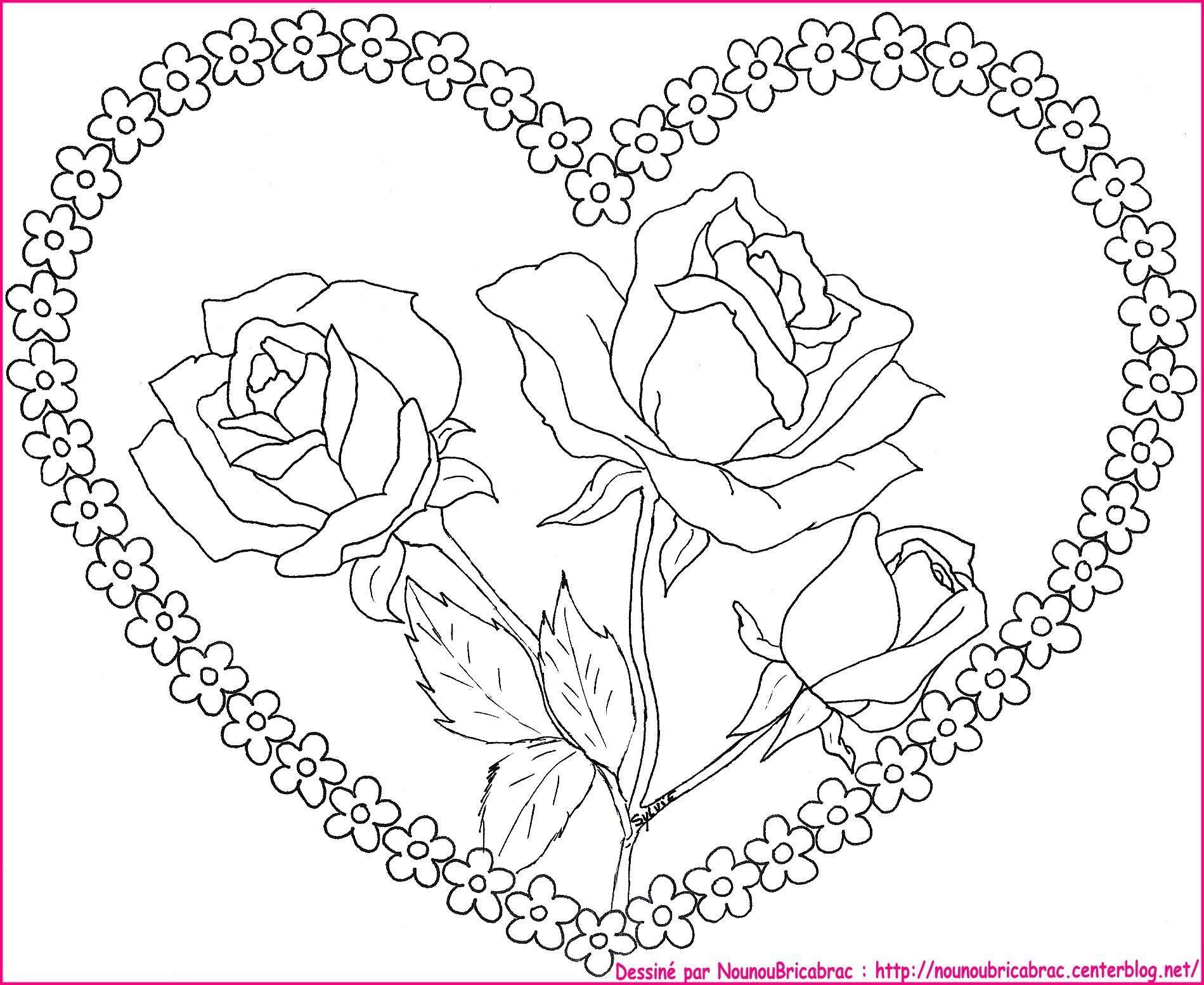 Roses dans un coeur... à colorier