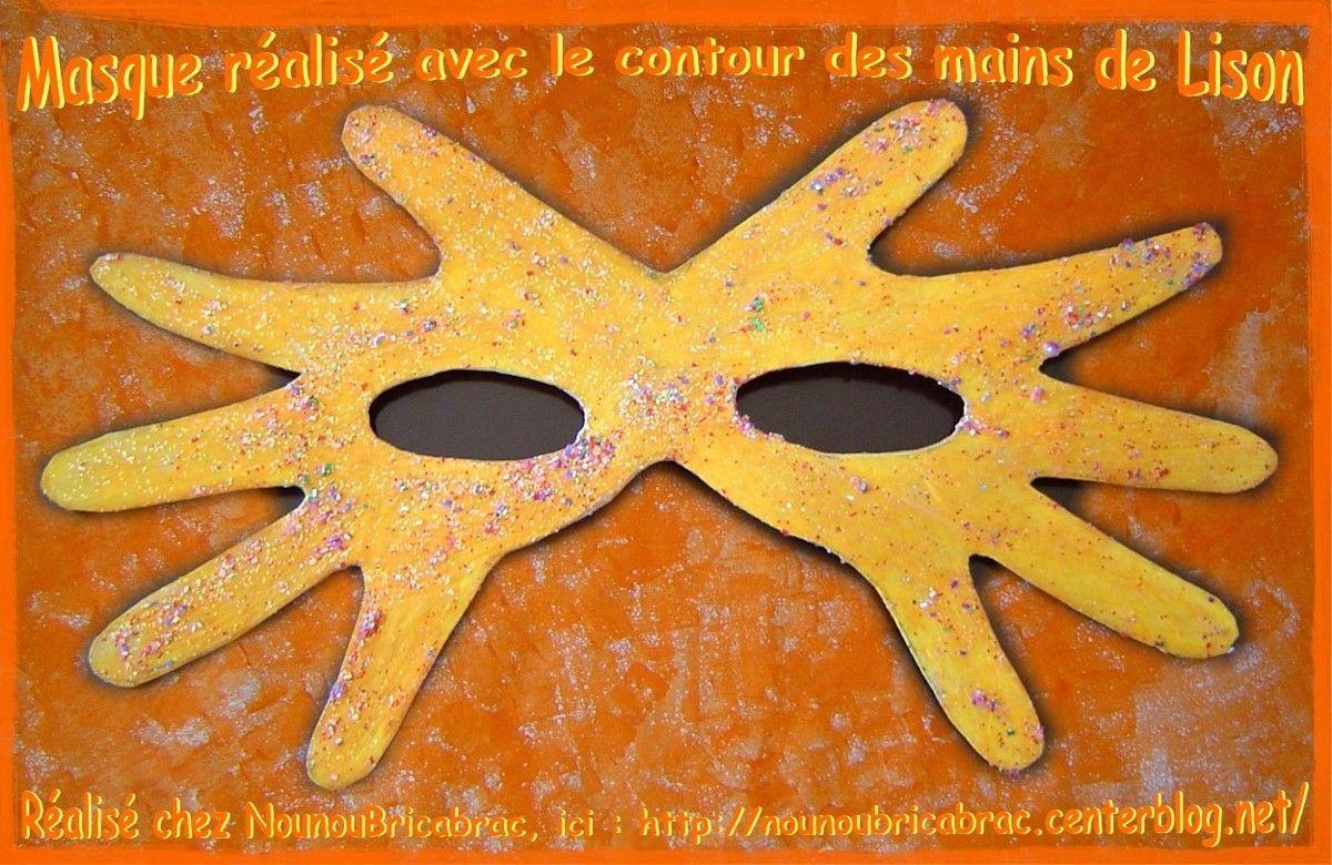 Masque r alis avec le contour des mains 1 de - Masque de carnaval a fabriquer ...